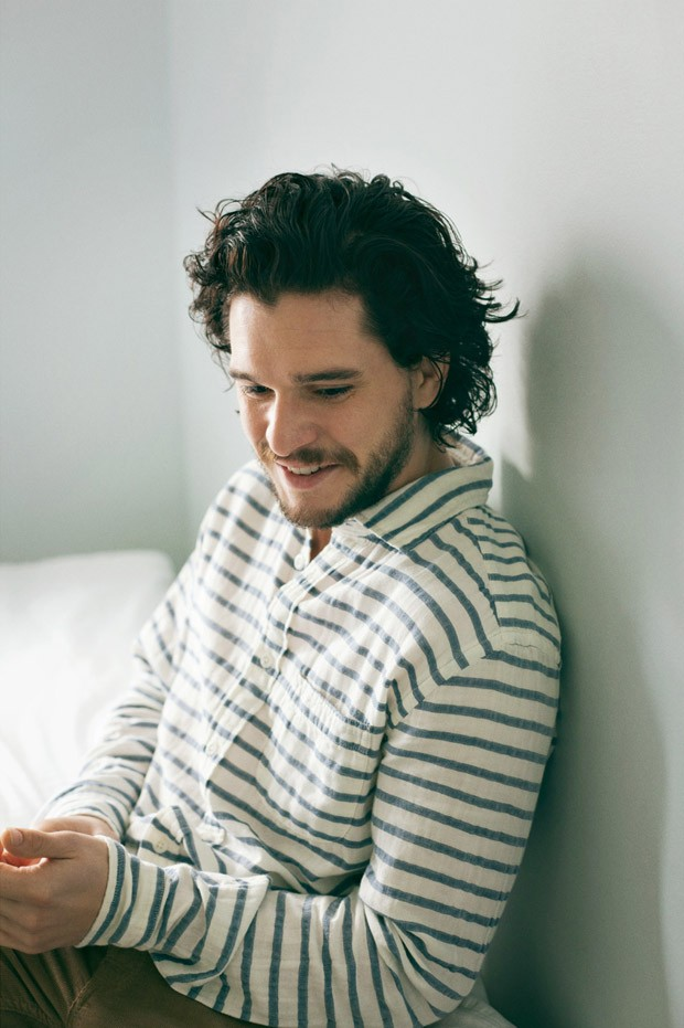 Kit-Harington-Mr-Porter-Jo-Metson-Scott-04-620x931