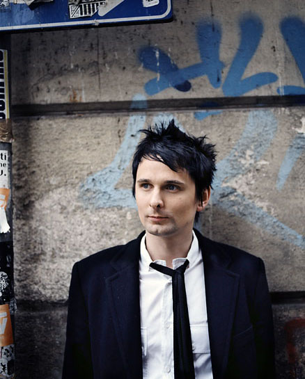 Matthew-Bellamy-Wallpaper-for-mobile