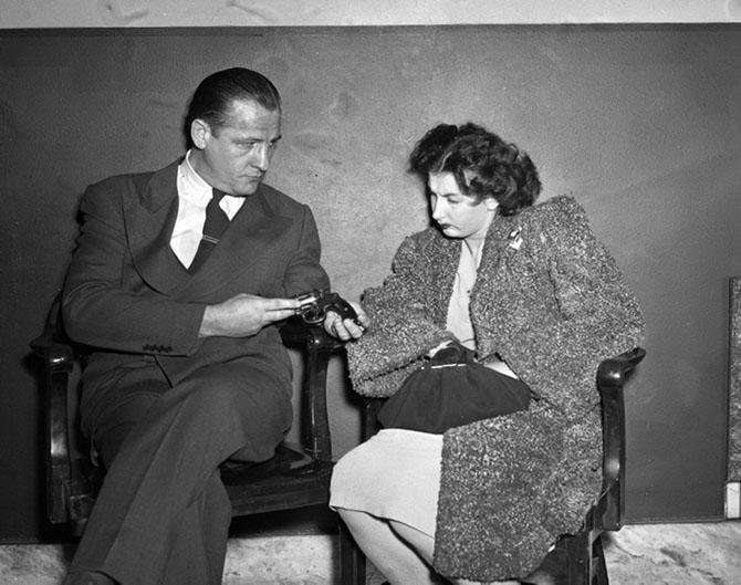 23-летняя Лилиан Станг на допросе, 1947 год.