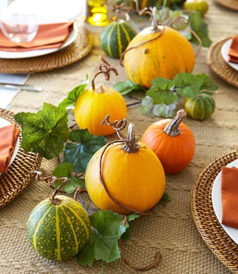 5500113b5cf4d-1013-halloween-vine-dining-xln