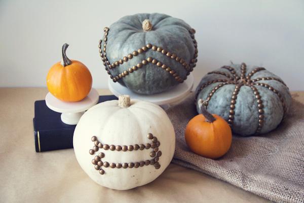 5500113cdcf16-nail-head-pumpkins-de