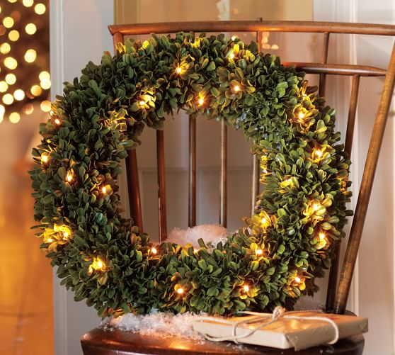 1448483923-lit-boxwood-wreath-c