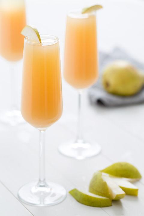 1449865175-delish-pear-mimosa
