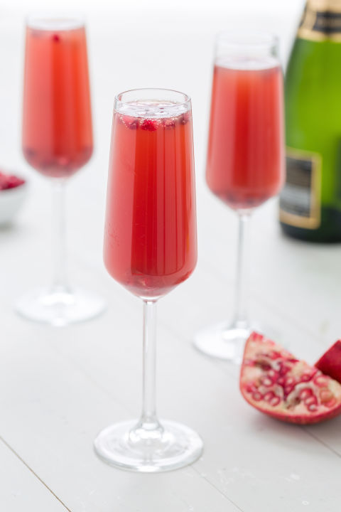 1449865180-delish-pomegranate-mimosas