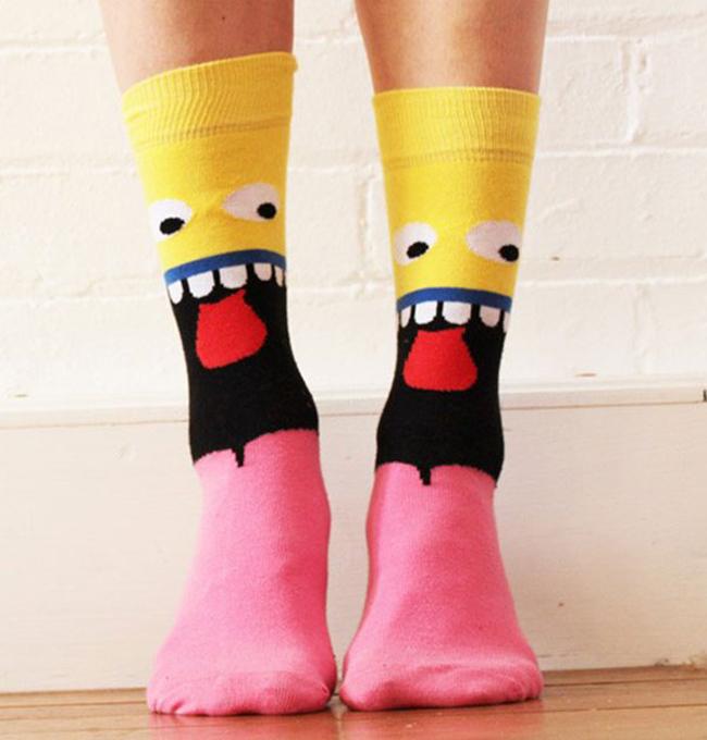 9_creative_funny_socks