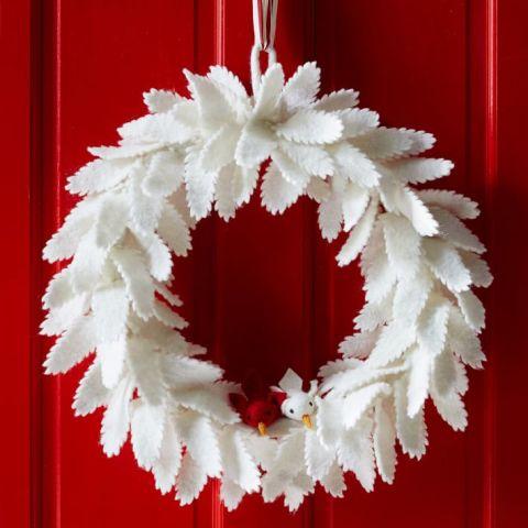 felt-leaf-wreath-o