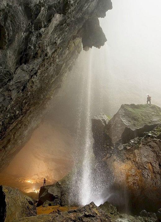 18-Шондонг-крупнейшая пещера на планете