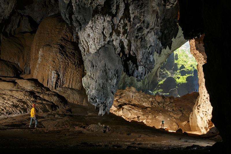23-Самая большая пещера в мире во Вьетнаме