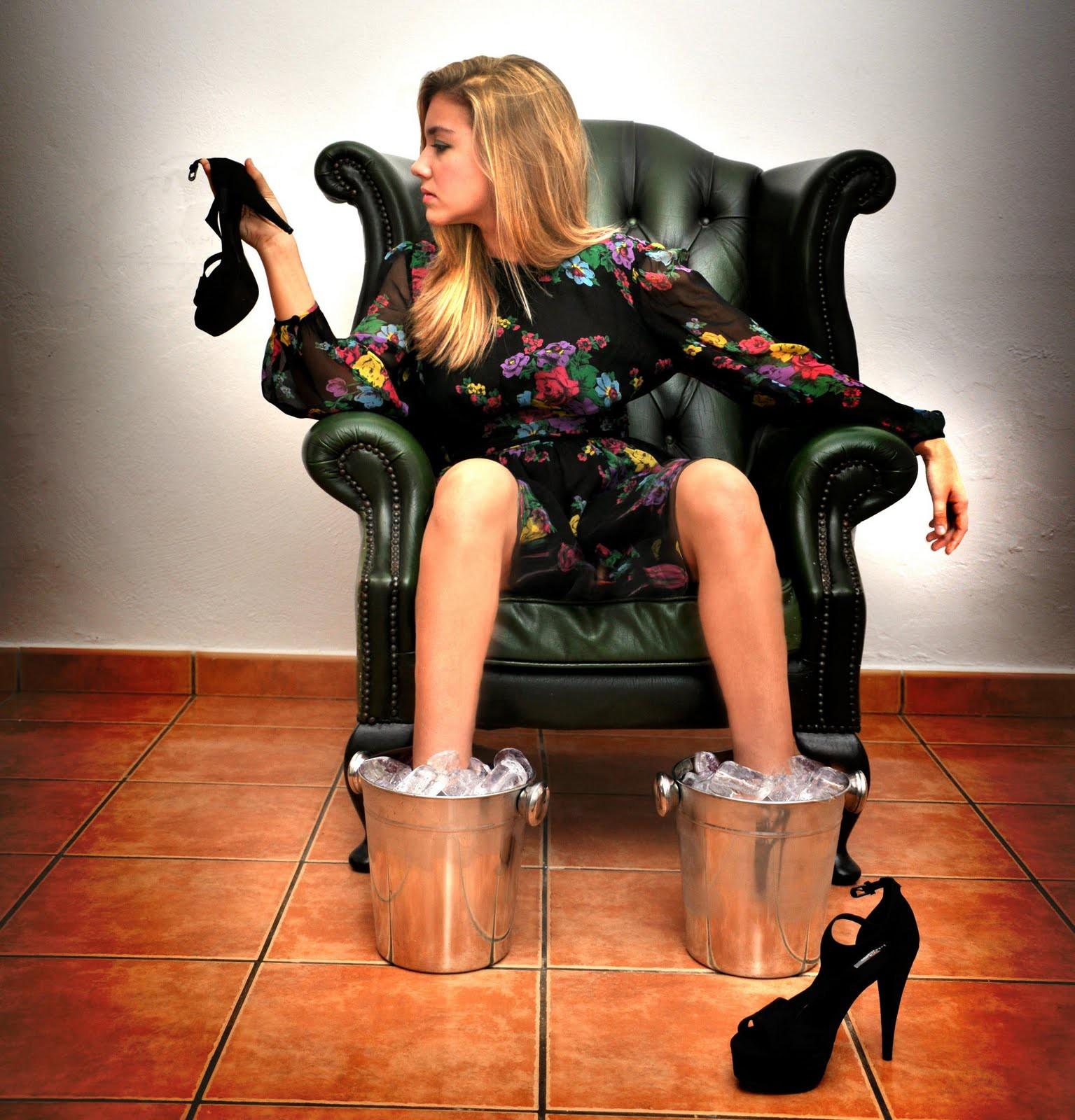 девушки на каблуках фото