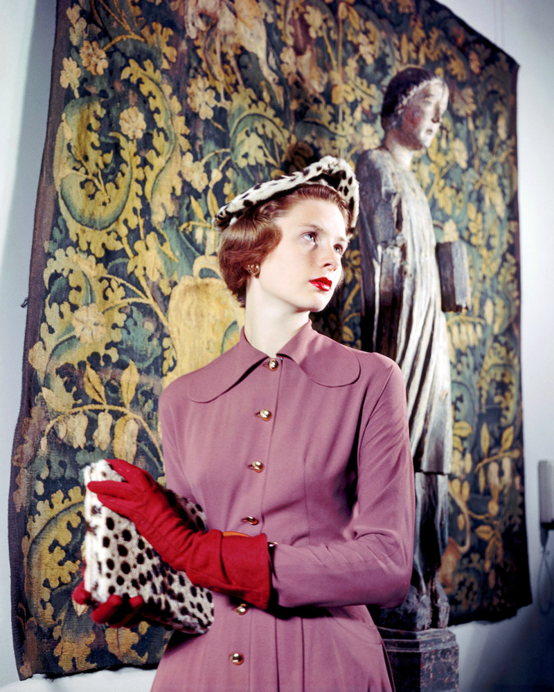 1948 --- A fashion model wears a crepe dress by Clare Potter in the Kelekian Galleries. --- Image by © Genevieve Naylor/Corbis
