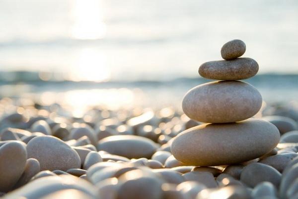 22-intuitivnyy-vybor-kamnya-dlya-meditacii