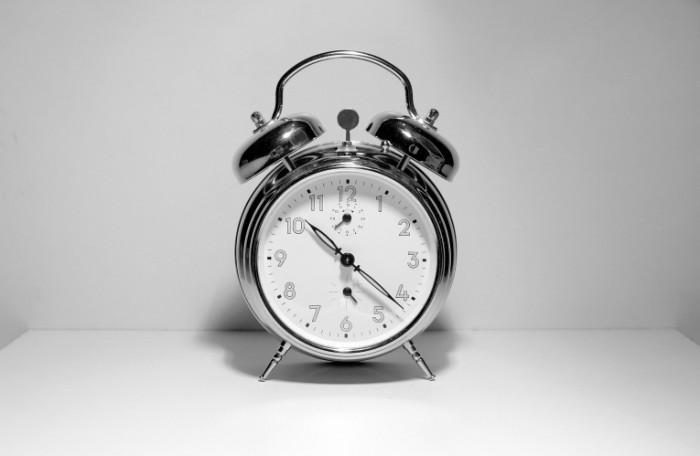 alarm-clock-istock-photo-700x456